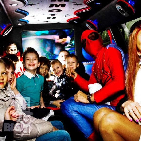 BIG PARTY: limuzīns, bērnu animātors, kospleijs / лимузин, аниматор детский, косплей