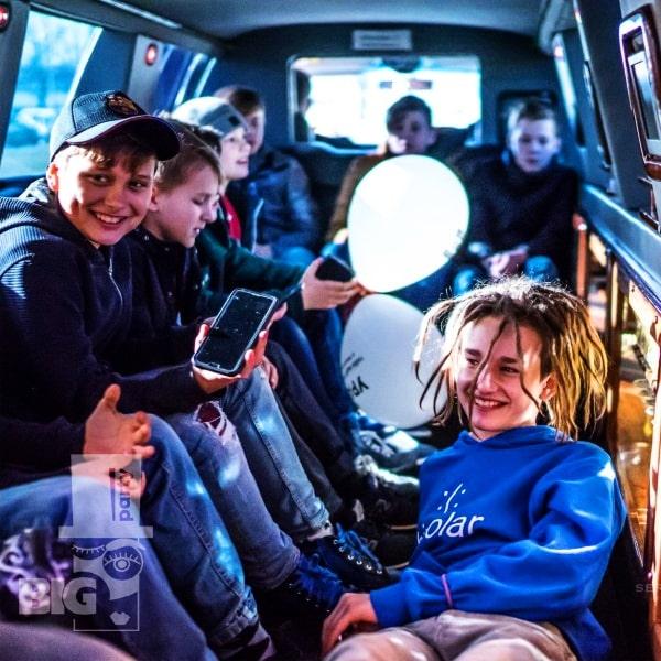 BIG PARTY: limuzīns PUSAUDŽU BALLĪTE / лимузин ВЕЧЕРИНКИ ДЛЯ ПОДРОСТКОВ