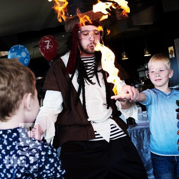 BIG PARTY: uguns šovs, bērnu animātors / файер шоу, аниматор детский